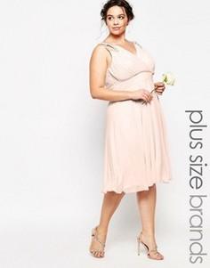 Платье миди для выпускного с отделкой на плечах TFNC Plus WEDDING - Розовый