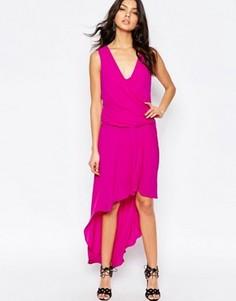 Платье макси с драпировкой спереди BCBGMaxAzria HiLo - Розовый