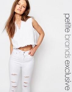 Укороченный джинсовый топ с V-образным вырезом и бахромой Waven Petite - Белый