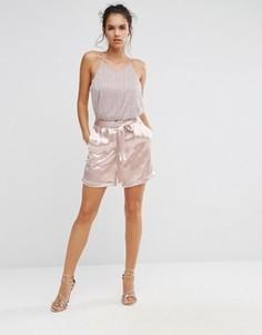 Атласные шорты с завязкой на талии Boohoo - Розовый