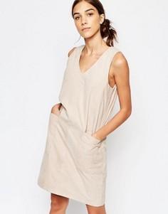 Замшевое цельнокройное платье без рукавов Selected Sara - Розовый