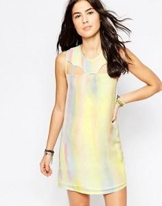 Цельнокройное платье без рукавово с эффектом металлик RVCA - Белый