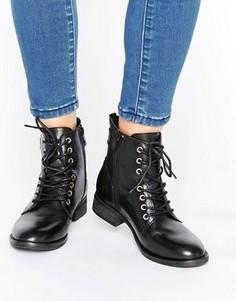 Кожаные полусапожки на плоской подошве со шнуровкой ALDO Germanie - Черный