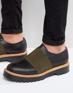 Изготовленные в Англии черные кожаные туфли с эластичными вставками ASOS - Черный