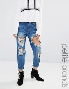 Рваные джинсы с отворотами Boohoo Petite - Синий