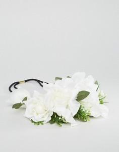 Венок из искусственных цветов Orelia - Белый