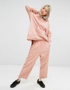 Спортивные штаны Weekday Luxe - Розовый