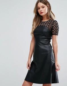 Короткое приталенное платье из искусственной кожи с кружевной кокеткой Vero Moda - Черный