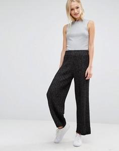 Укороченные трикотажные брюки Monki - Серый
