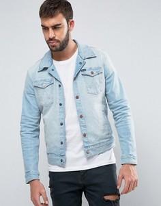 Джинсовая куртка узкого кроя с выбеленным эффектом Wrangler - Синий