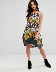 Цельнокройное платье без рукавов с принтом Brave Soul - Желтый