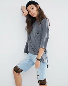 Выбеленная oversize-футболка с карманом ASOS - Серый