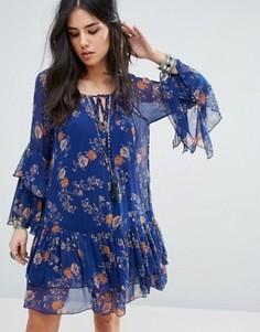 Ярусное платье мини с цветочным принтом и оборками Free People - Синий