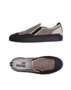 Низкие кеды и кроссовки Love Moschino