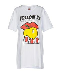 Короткое платье Follow US