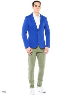 Пиджаки United Colors of Benetton