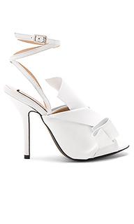 Strappy open toe heel - No. 21