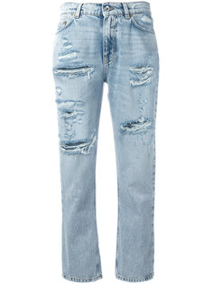 укороченные джинсы с вышивкой клубники Dolce & Gabbana