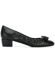 туфли-лодочки Vara с вырезными деталями Salvatore Ferragamo