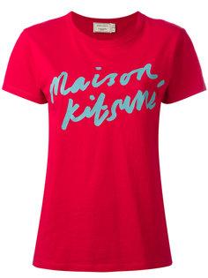 футболка с принтом -логотипом Maison Kitsuné