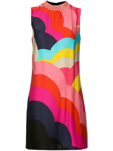 платье-шифт с декорированной горловиной Trina Turk