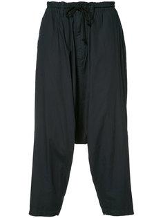 брюки с заниженным шаговым швом Yohji Yamamoto