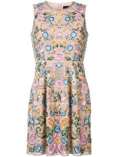 плиссированное платье с цветочным принтом Needle & Thread