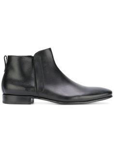 Paul Principe boots Pete Sorensen