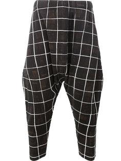 клетчатые брюки с заниженной проймой Homme Plissé Issey Miyake