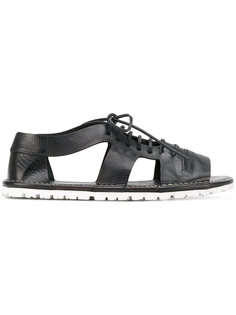 сандалии на шнуровке с вырезами  Marsèll