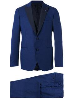 деловой костюм Lardini