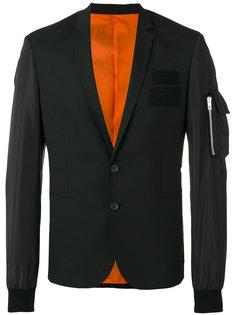 блейзер с карманами на молнии и аппликацией  Les Hommes