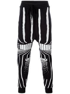 спортивные штаны с узорами из полосок 11 By Boris Bidjan Saberi