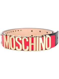 ремень с фирменной бляшкой Moschino