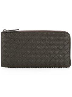 плетеный кожаный кошелек на молнии Bottega Veneta