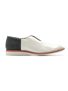 leather laceless shoes Sarah Chofakian