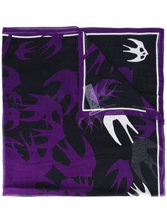 шарф с принтом ласточек McQ Alexander McQueen