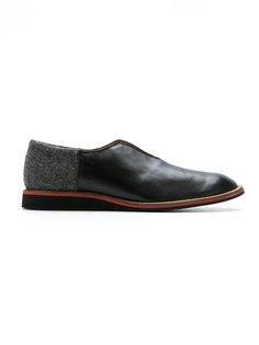 leather laceless shoes Sarah Chofakian