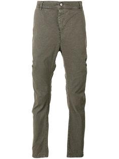 зауженные брюки с карманами по бокам Andrea Yaaqov