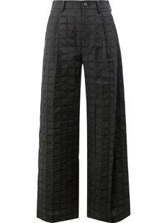 широкие брюки в клетку Issey Miyake
