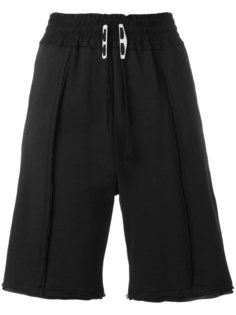 Pace shorts Damir Doma