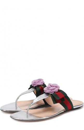 Шлепанцы из металлизированной кожи с цветочной аппоикацией Gucci
