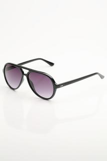 Солнцезащитные очки Sting