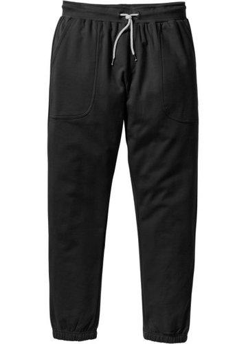 Трикотажные брюки Slim Fit (черный)