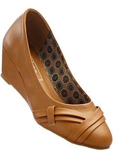 Туфли-лодочки на танкетке (2 полноты стопы), нормальная стопа (верблюжий) Bonprix