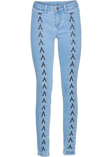 Джинсы-дудочки со шнуровкой (нежно-голубой выбеленный)