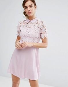 Цельнокройное платье с кружевом и воротником Little White Lies Philo - Розовый