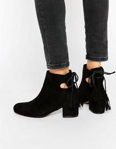Ботинки на блочном каблуке с завязками сзади Truffle Collection Luan - Черный