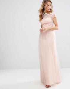 Премиум-платье макси с кружевом и юбкой из тюля Chi Chi London - Розовый
