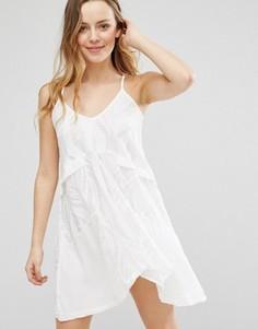 Свободное платье с глубоким вырезом сзади Native Rose - Белый